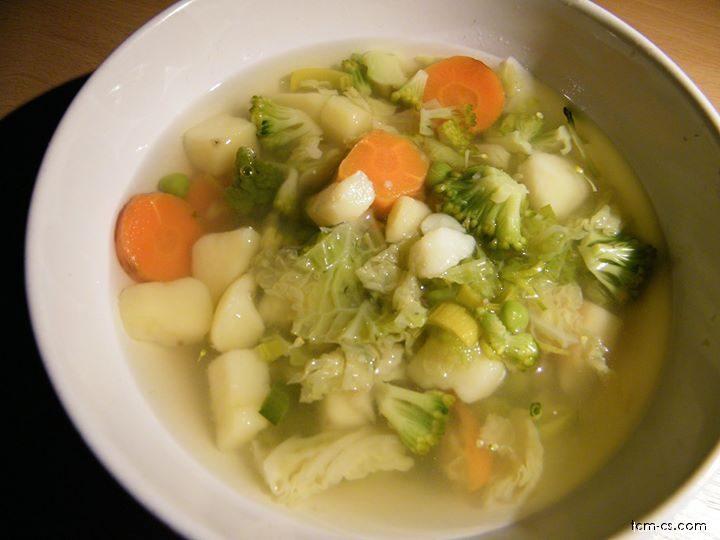 Jarní zeleninková polévka