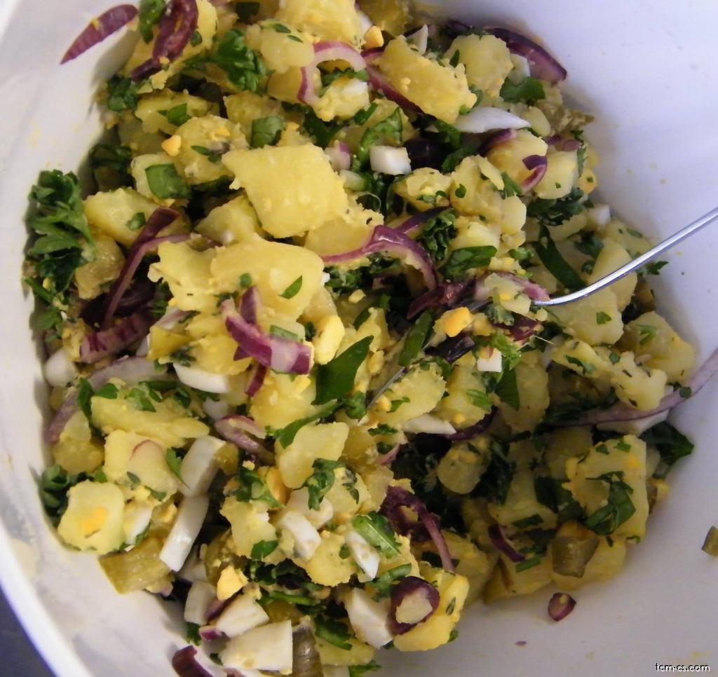 Bramborový salát vídeňský